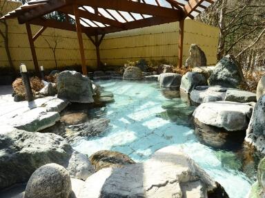 日帰り温泉施設の地域観光拠点としての再生